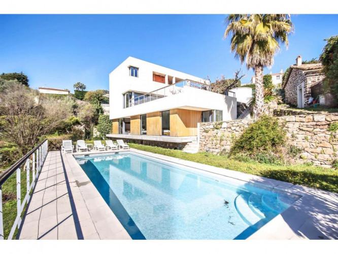 Maison  6 Pièce(s) 235 m²  à vendre