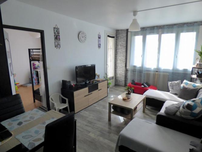 Appartement T3 lumineux avec balcon et cave privative à Saint