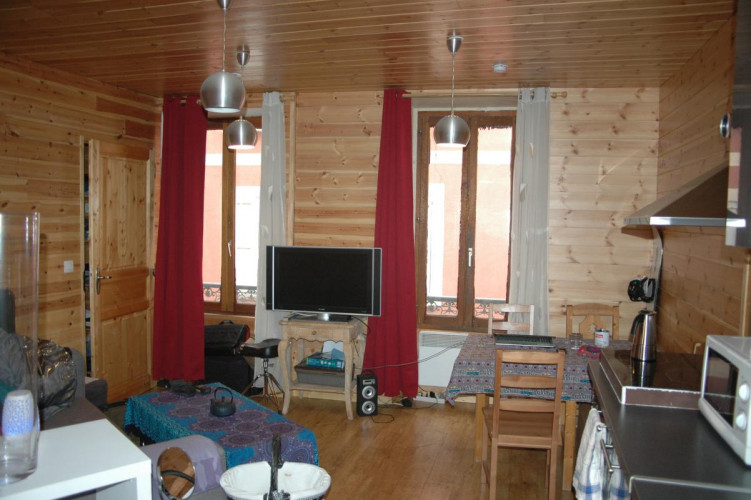 Immeuble centre ville Barcelonnette de 6 lots