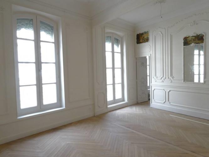 Appartement bourgeois - T5 République