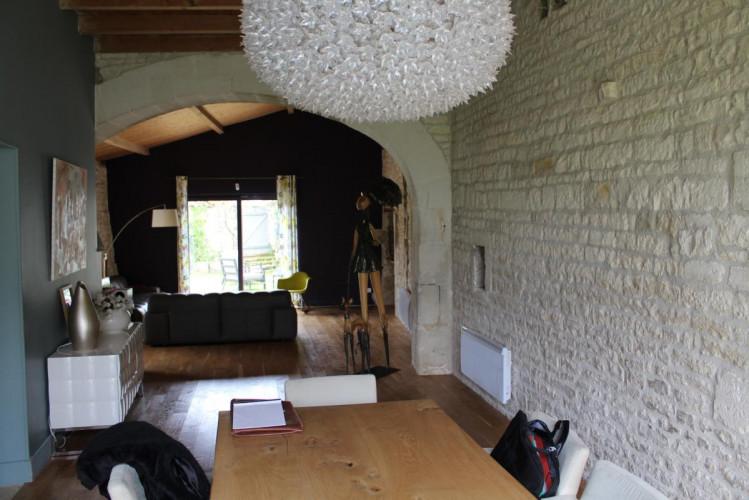 16200 merignac maison charentaise t7 proche jarnac. Black Bedroom Furniture Sets. Home Design Ideas
