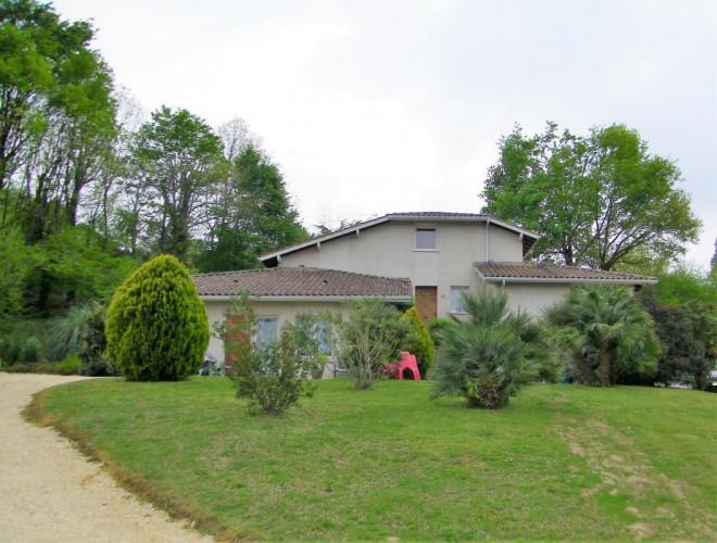 Maison de 212 m² à Hagetmau 40700