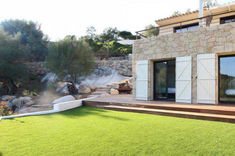 Vente villa de type T4 avec jardin