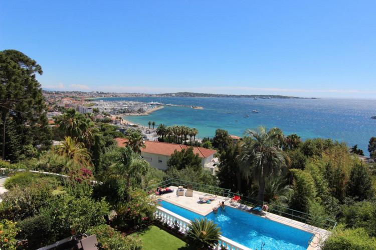 Appartement 3 Pièces 71m2 - Golfe Juan - Vue Mer Exceptionnelle