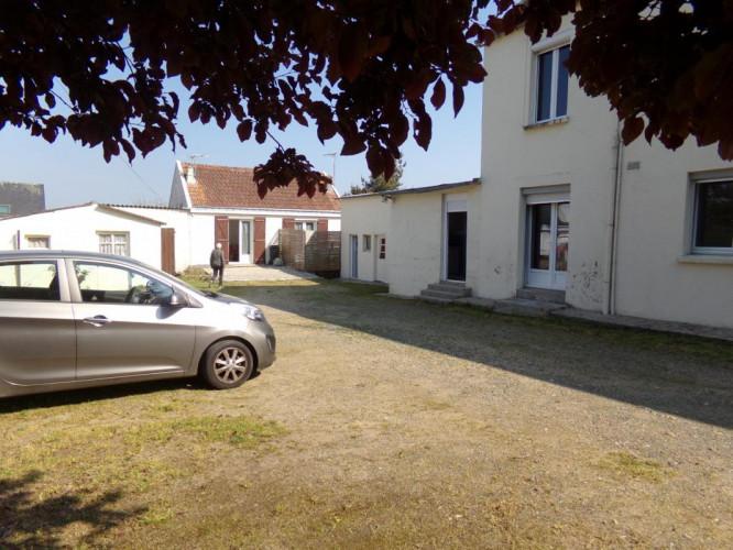Maison 10 pièces / 165 m² / 249 000 EUR / DAMGAN