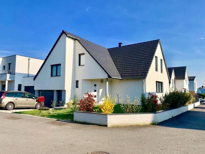 Maison de 140 m2 sur 4 ares à prox. Strasbourg