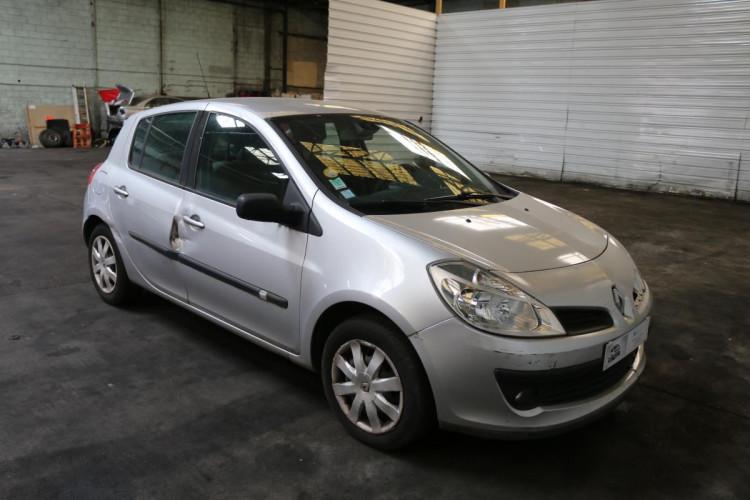 Renault Clio III 1.5 dCi 105 Initiale