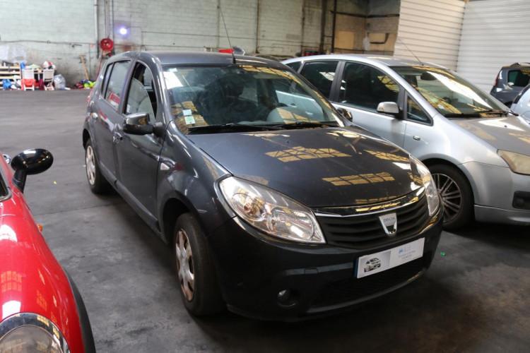 Dacia Sandero 1.4 MPI 75 GPL eco2 Lauréate