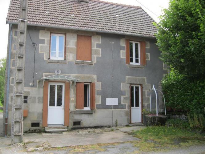 Maison de bourg à rénover Type 4 - 23480 SAINT SULPICE LES
