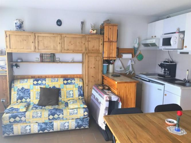 Studio meublé avec garage et cellier