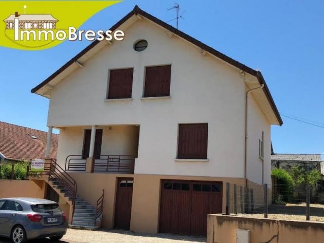 Marboz au centre du village - A vendre Maison individuelle - 4 chambres