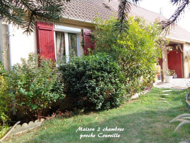 Maison proche Courville