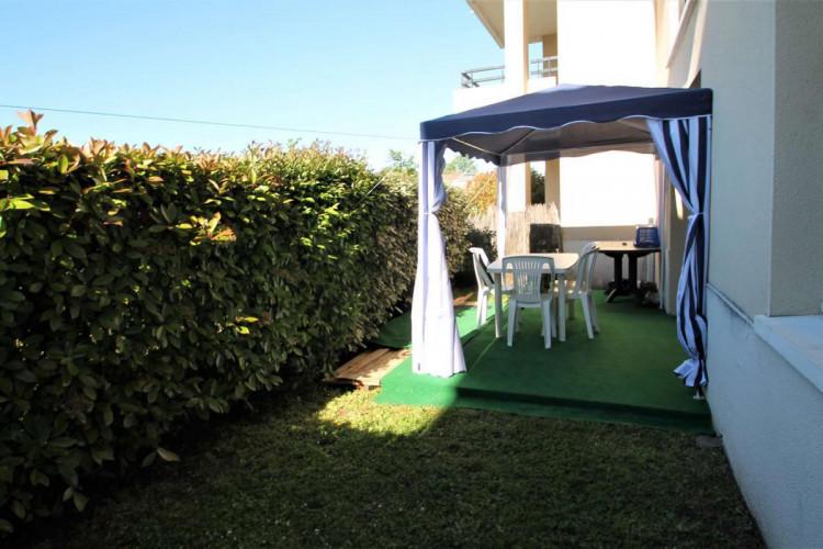 Parempuyre. Appt T1 bis de 35 m² dans RDCE avec piscine