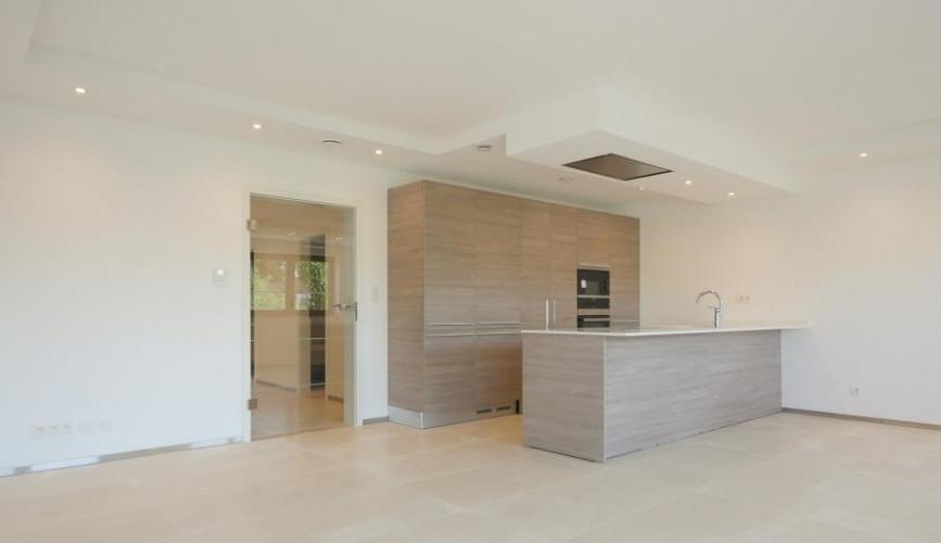 magnifique et spacieux appartement de 2 chambres