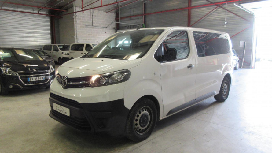 Toyota PROACE VERSO Medium Dynamic 115 D-4D 9 P