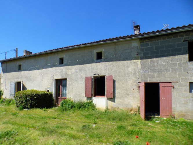 Maison en pierres à rénover