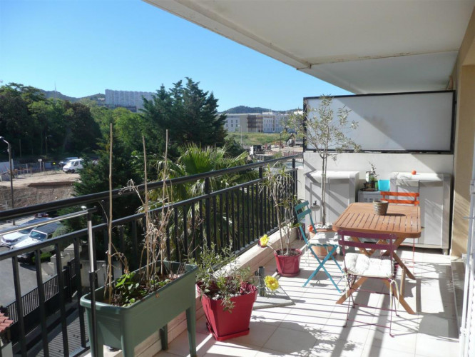 Appartement T3 avec terrasse de 24 m²