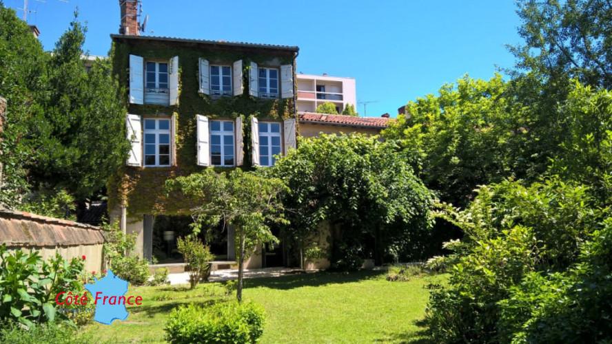 TARN ET GARONNE MONTAUBAN CENTRE-VILLE Maison avec jardin garage et cave