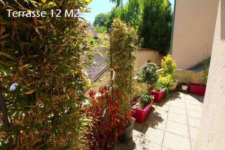 Maison individuelle  8 pièces 4 Chambres - terrasse