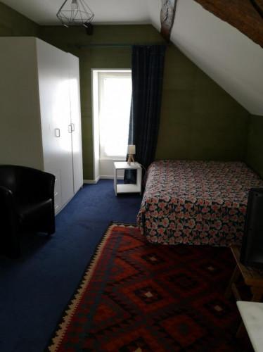 Chambre chez l'habitant dans un appartement de 13m2 dans le coeur de Angers