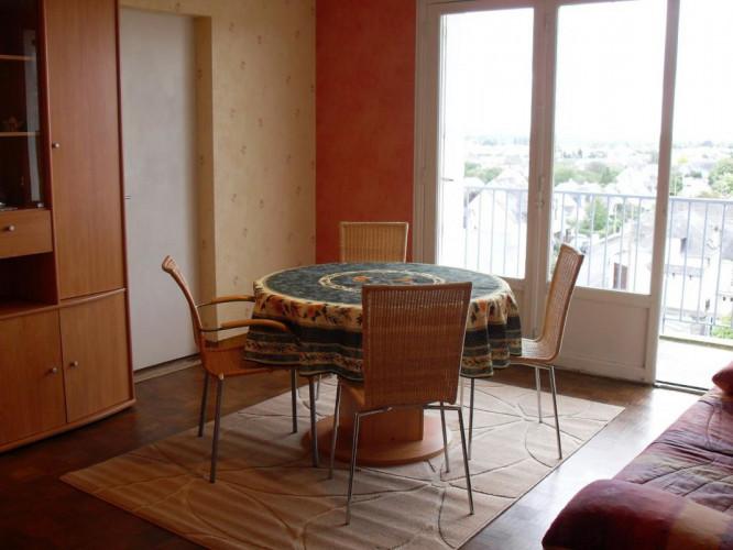 Chambre dans une colocation dans un appartement de 69m2 dans le coeur de Angers
