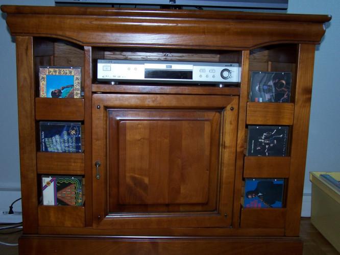 Superbe meuble TV-HIFI en merisier massif
