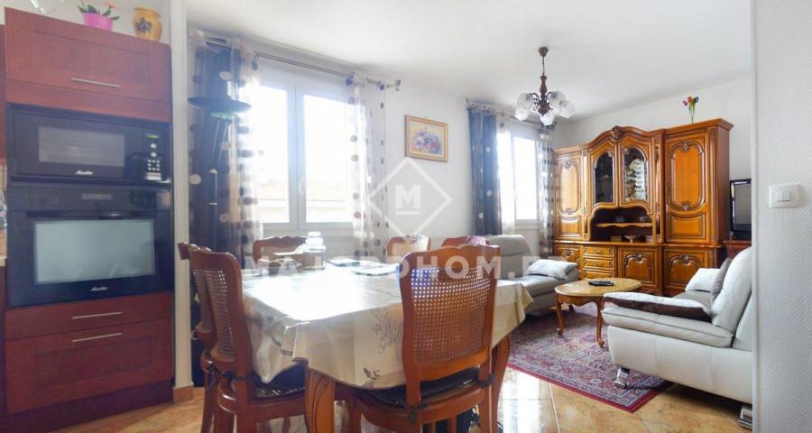 Vente appartement, 116000€, 50m², 3 pièces, situé à Marsei