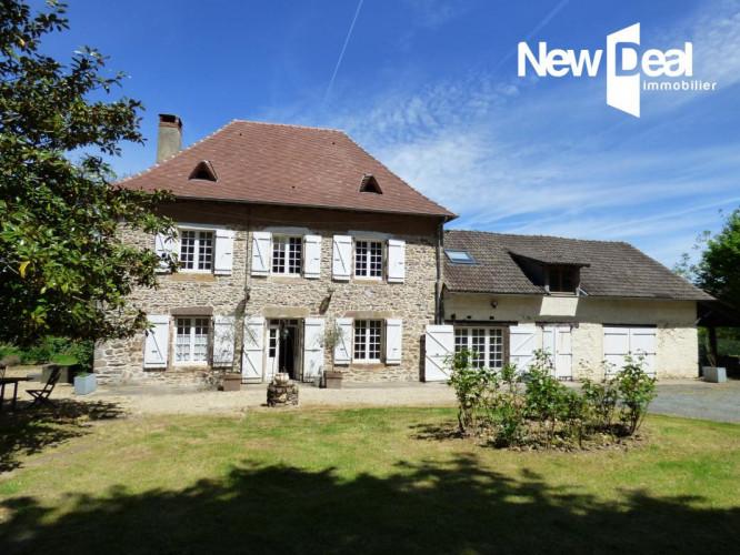 Maison historique avec 5 chambres