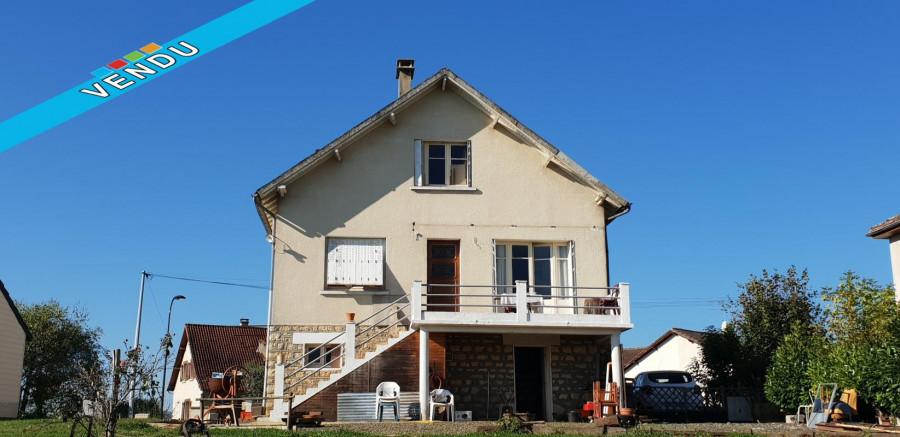 Maison 100 m² T5 + garage + 2078 m² terrain - 19130 Objat