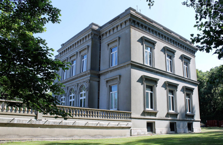 COTE D'OPALE SAINT LEONARD Maison fin XIX ème Second Empire sur parc de 15000m²