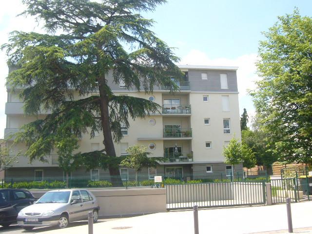 Appartement Riom 2 piece(s) 43 m2