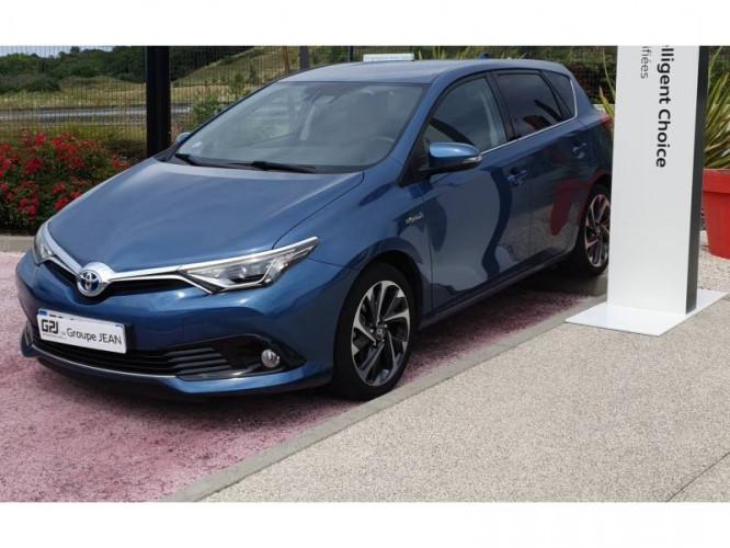 Toyota Auris Hybride 136h Design