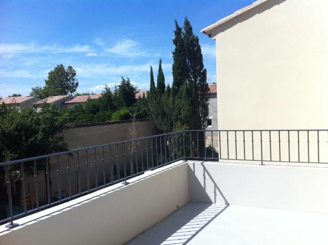 Montfavet - T3 en résidence sécurisée avec terrasse et 2 parking