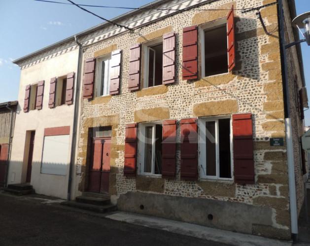 Maison ancienne d'environ 230 m² SH sur un terrain de 1010 m²    Secteur Cazères s/Adour