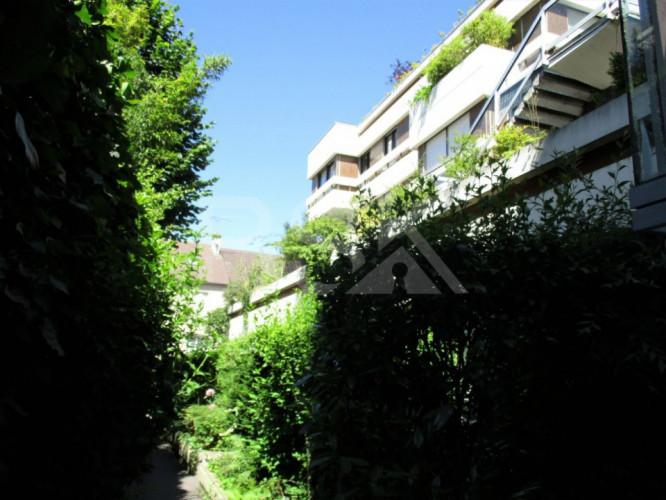 Studio 27 m² avec terrasse