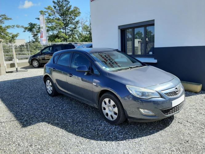 Opel Astra 1.3 CDTI ECOFLEX 95CV