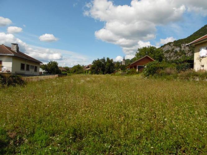 Chindrieux (73310), à vendre terrain constructible de 1704m2 au calme
