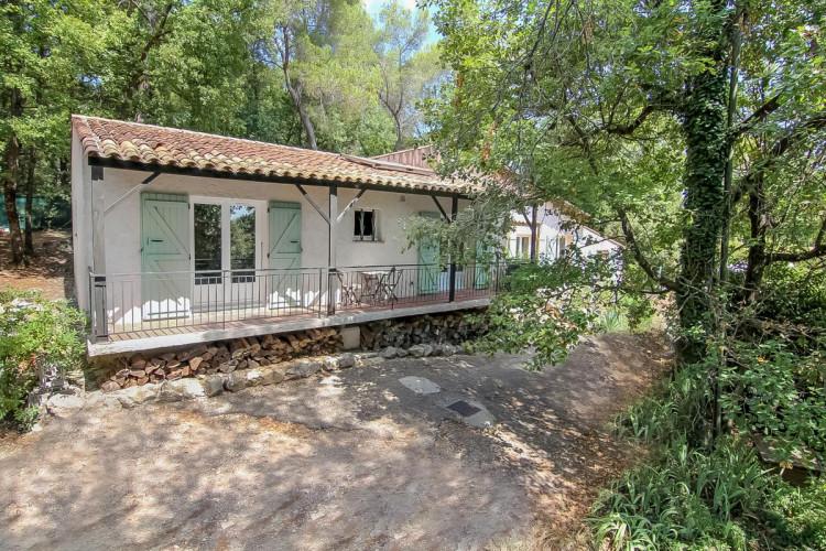 Superbe villa familiale de 7 pièces  sur Roquefort-les-Pins