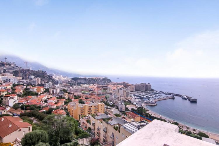 ECLUSIVITE - Appartement 2 pièces à Cap D'Ail avec vue imprenable sur Monaco