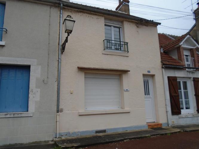 SAINT LAURENT NOUAN MAISON DE BOURG 73 M2, T3