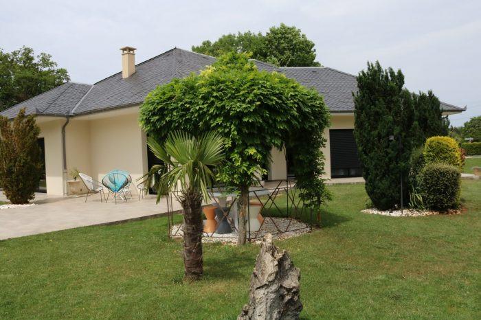 Magnifique villa de standing d'environ 180 m² sur 2100 m² de t