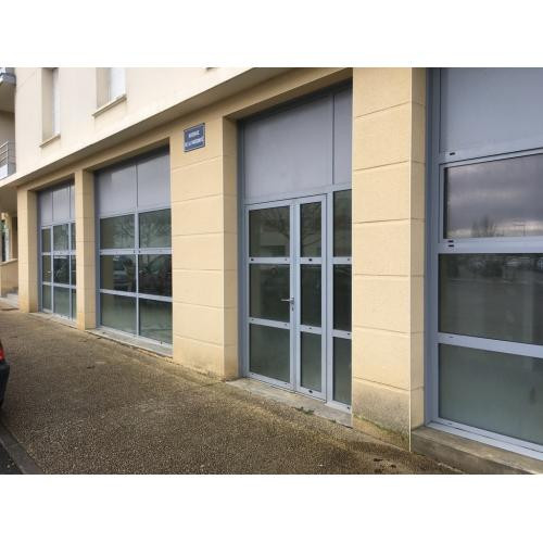 A vendre local 114 m² - quartier Saint-Eloi à POITIERS Poiti