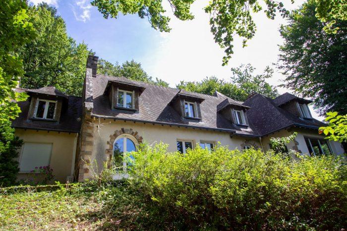 Maison Bourgeoise 247 m² sur 6130 m² de terrain