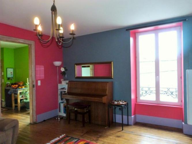 LONS-le-SAUNIER 39000 Coeur de ville bel appartement duplex 113 m²env.,  gai et coloré, 3 chambres