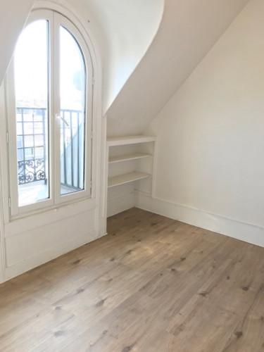 Locations studio de 10.85m² au 7ème étage (sans asc) - rue Pelleport 75020 Paris