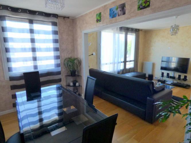 Appartement 4 pièces de 71m2 Carrez sur Orléans