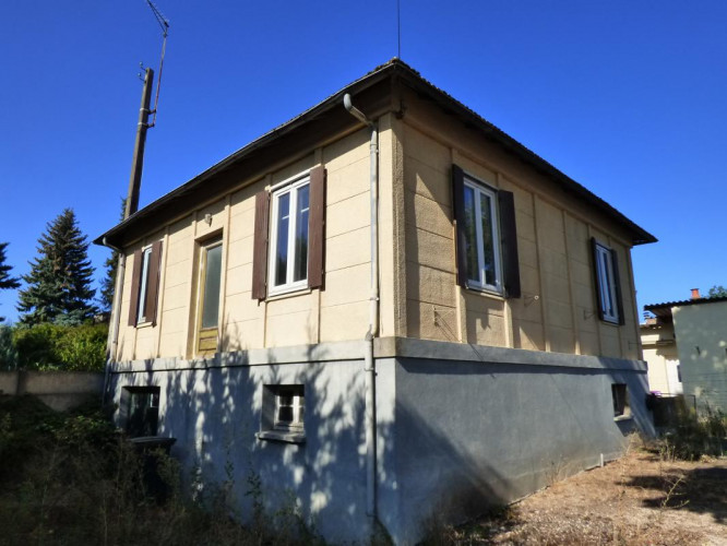 BEAUGENCY MAISON 67M2 T3 A RENOVER
