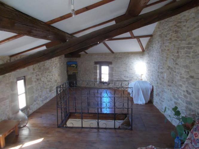 Uzès à 4 km, maison de village de 100 m2