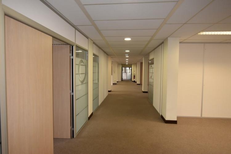Plateau de bureaux climatisés, rénovés et traversants Mairie de Clichy