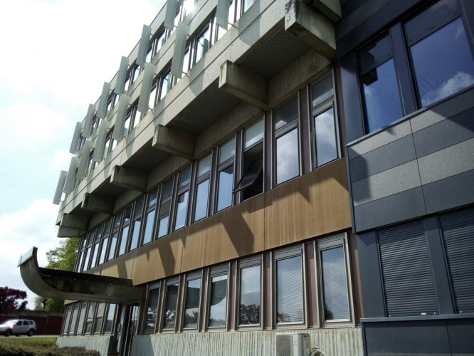 GUÉRET, dans Immeuble Bureaux, Local 180m² Bureaux/Stockage